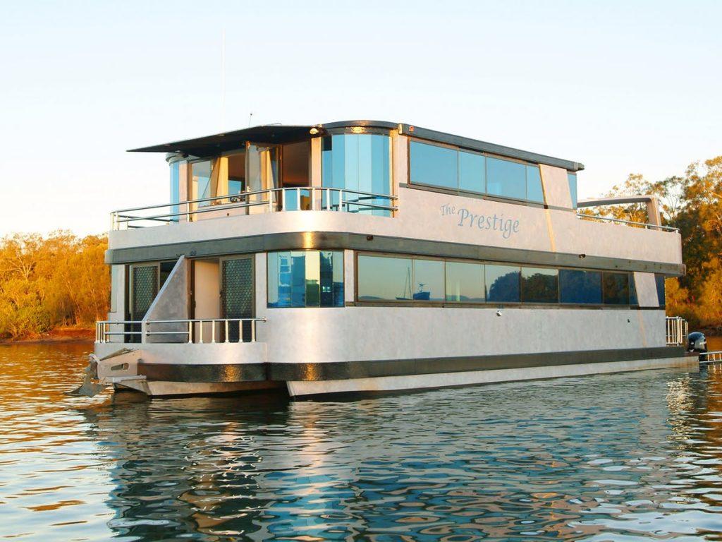 Keiko Houseboat Holidays – The Best Gold Coast Houseboat