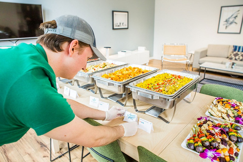 What Should You Look For In A Corporate Catering Company?