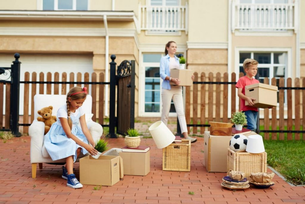 5 Tips to Effectively Manage Your Home Move on a Reasonable Budget